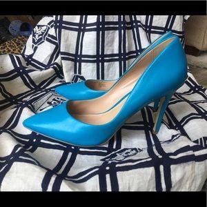Ocean Blue Pointed Toe Heel